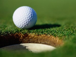 golf-ball-by-hole